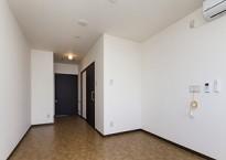 居室(玄関向き)