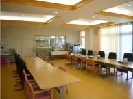 食堂兼機能訓練室は入居者の集いの場所となっております