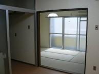 居室1 広々とした全室バリアフリー設計のお部屋です。