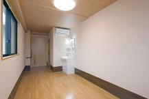居室はトイレ・エアコン・洗面台・コール完備