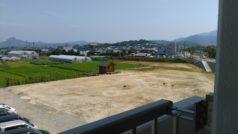 3階の部屋から見えるグランドゴルフ場です。